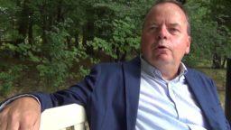 Interview 'Dagboek van een bankier. De dagelijkse werkelijkheid achter de prooi' door Tony de Bree